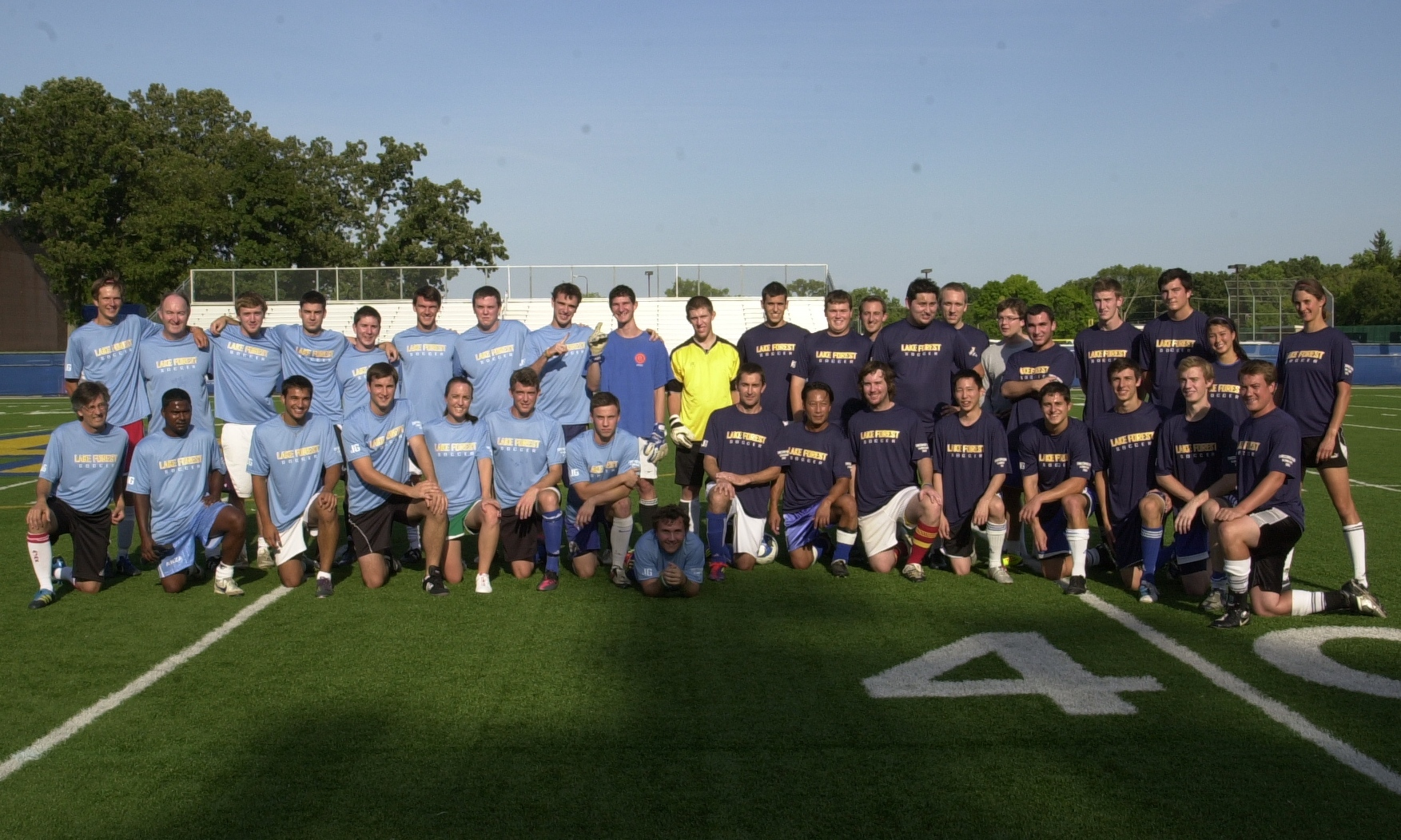 Alumni Soccer Game 2012_alumni_game_team_pic 1